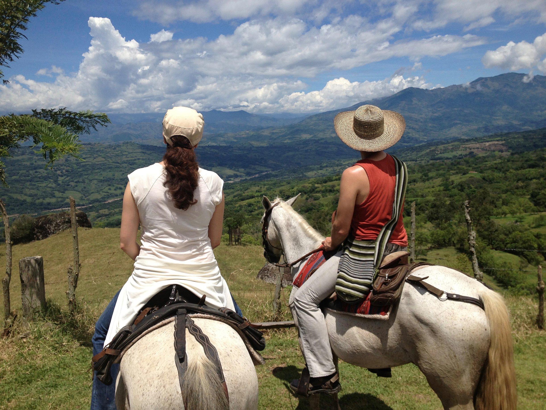 claudia en maarten te paard